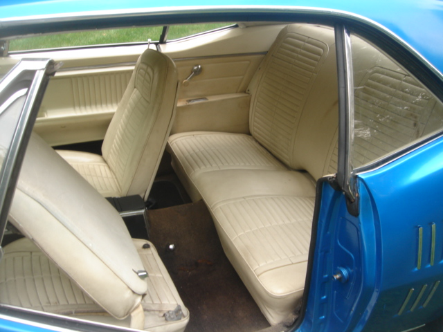 Pontiac (DSC01291.JPG)
