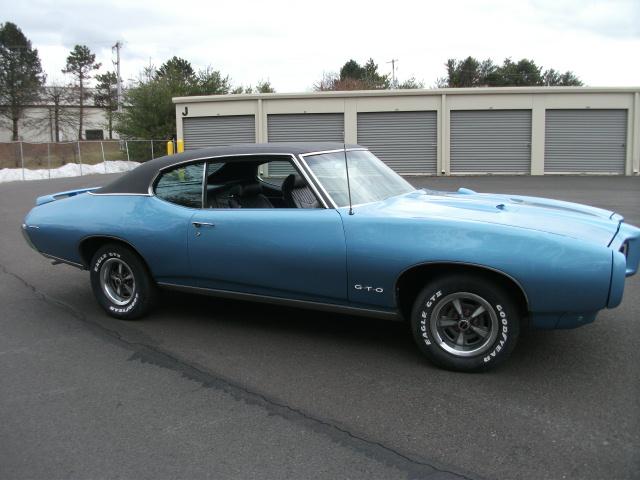 Pontiac (DSCF6402.JPG)